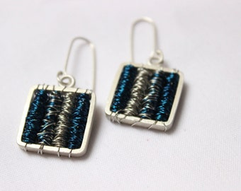 Tangle earrings Blue Silver color - Sterling silver and copper wire wrapped, dangle earrings,square light earrings