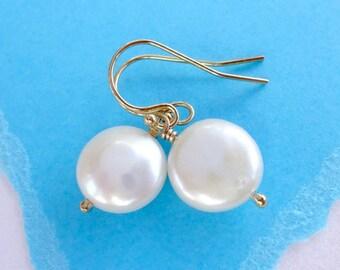 Pearl earrings, Freshwater pearl earrings, coin pearls, Bridesmaid gift, Wedding jewelry, Bridal earrings, Pearl dangle earrings, otis b