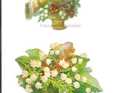 Lucky LILY of the VALLEY- SCRAPBOOKS - Vintage 2 pièces-Hand holding a full basket with pansies-  lucky flowers- good condition