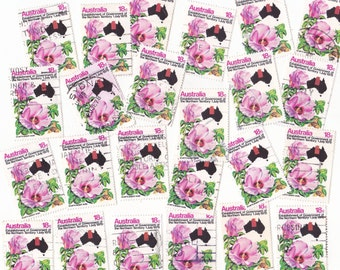 25 x Vintage Pink Sturts Desert Rose with Australias Map Postage Stamps for Crafting 1978