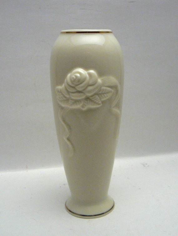 Lenox Rose Blossom Bud Vase Ivory China With 24k Gold Trim