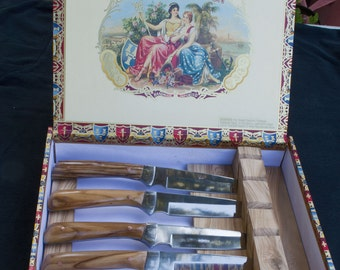 Spanish fighter steak knife set (4) with Italian olive wood handles in custom cigar gift box