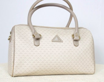 Handbag Vintage 1980's Liz Claiborne Handbag Doctor Bag Style Signature Beige Preppy Purse
