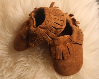Baby Moccasins. Baby Mocs. Suede Moccasins. Boho.Baby slippers. Hipster Baby. Baby Boy Shoes. Baby Girl Shoes. Boy Moccasins. Girl Moccasins