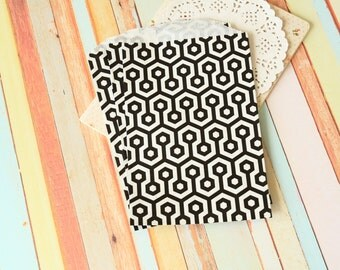 BLACK Honeycomb Middy Bitty Bags medium paper bags