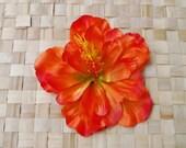Rockabilly pin up hawaiian single hibiscus flower in bright orange hairflower fascinator tiki vintage retro 50s wedding
