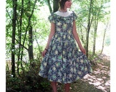 1940s dress Cotton floral print  full skirt tiered S