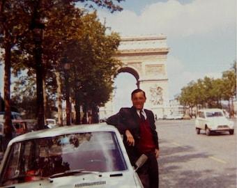 Vintage Color/Colour Photo - Man and the Arc de Triomphe