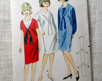 Vintage Simplicity 6737 Bust 32 TEEN Sailor dress Dickey Shawl Collar Vestee Designer Fashion 1960s Nautical