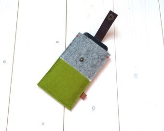 IPHONE 6 COVER felt - Green and Grey - leather closure