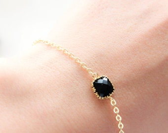 Chain Bracelet Black Stone Jewel Dainty Bracelet Gold Bridesmaids Jewelry Delicate Bracelet Modern Jewelry Bridal Accessories Black Wedding
