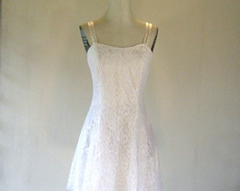 Roberta Ivory Lace Floral Sweetheart Dress
