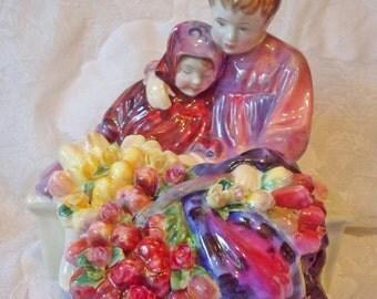 Royal Doulton 'Flower Seller's Children' Figurine H N 1342