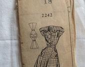 Vintage 1940s, 1950s Mail Order Pattern 2242 Sundress Dress Button Yoke, Pockets, sz 18
