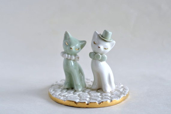 ceramic cat wedding cake topper cat wedding cake topper in gold mint ivory by 12488