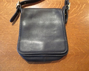 Vintage COACH Small Black Leather Cross body Purse Coach Flap Purse