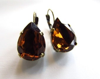 Brown Topaz Crystal Earrings, Chocolate Rhinestone Earring, Teardrop Crystal Earrings, Fall Jewelry, Vintage Rhinestone Jewelry, Pearshape