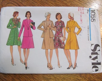 1970s Fit and Flare Long Jacket or Short Coat & Unique Triangle Empire A-Line Dress - Size 16 - UNCUT Vintage Sewing Pattern Style 1055