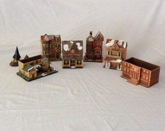 Meow Reo 6 Straw Houses Victorian Edwardian Regency 1970s Straw Houses