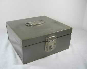 Vintage GRAY STORAGE BOX Steel Cash File Hamilton Metal Products Grey Office
