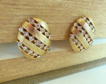 Vintage Clip Earrings Rhinestones Gold Ovals 50's (item 104)