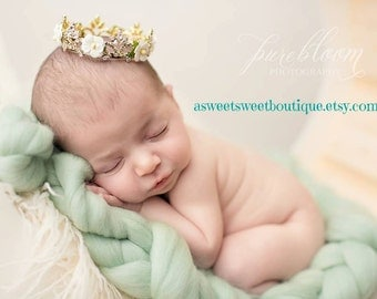 GOLD Newborn Crown Gold Tiara Gold Baby Crown Newborn Crown Princess Crown Baby Tiara Headband Newborn Rhinestone Crown Newborn Photo Prop