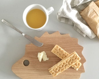NEW Fun & Quirky Wooden Hedgehog Cheese / Bread Board, Cutting Board, Gifts for the Host, Kitchen Gourmet,