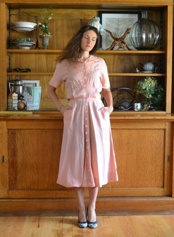 Peach 40's Vintage Day Dress / Marshall Field's Linen Button-down Shirtwaist Dress