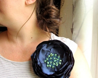 "6"" EXTRA LARGE Navy Fabric Flower Brooch Silk Flower Pin, Broach, Large Silk Flower Pin Women Summer Floral Brooches for Dress, Blue & Green"