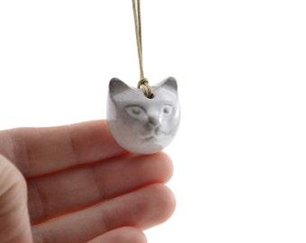 Ceramic cat pendant - white