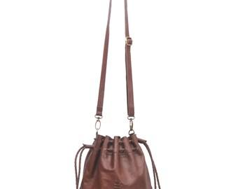 TRIBAL CHILD. Brown leather crossbody / drawstring bag / bucket bag / leather shoulder bag / boho bag. Available in different leather color.
