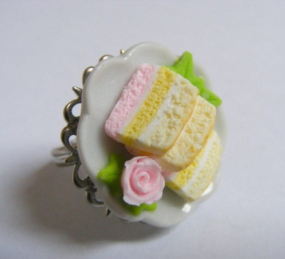 Food Jewelry Angel Food Cake Ring, Miniature Food Jewelry, Mini food Ring, Cake Ring, Cake Jewelry, Gift for Baker, Angel Cake Ring, Kawaii