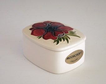 Vintage Moorcroft Anemone Trinket Box - Moorcroft England Ring Box - Moorcroft Potteries Anemone Lidded Trinket Box - Moorcroft Jewelry Box