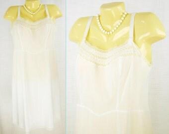 VTG 50s-60s White ~BARBIZON~ Zephaire Batiste - alternating bodice lace - Full Slip  M
