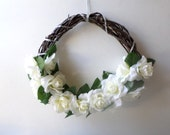 Floral Flower Wreath Wall Decor Spring Summer Silk Floral Wreath Front Door Wreath Outdoor Wreath Elegant White Roses