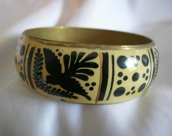 Wide Bangle Metal Bracelet | Black and Cream Bird and Dot Motif | Vintage