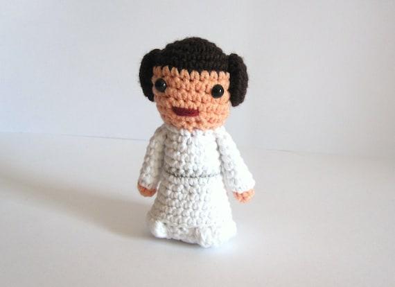 Princess Leia inspired amigurumi. Star wars crochet softy. Star wars crocheted plush.