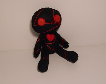 Felt stitched cute corpse zombie with heart plush stuffed rag doll toy