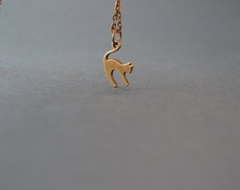 Charity Dainty bronze cat necklace vintage style - Charity gift - Cat jewelry