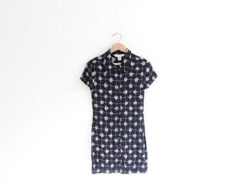 Daisy Grid 90s Mini Dress