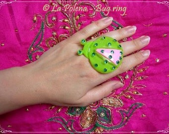 BUG RING, Maxi resine cocktail ring, Green Pink, Rhinestones, Unique Funny Party Accessory, Adjustable ring