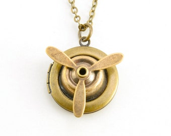 Spinning Propeller Locket, Antique Brass Propeller Locket Pendant, Propeller Necklace, Traveler Aviation Pilot Flyer Jewelry