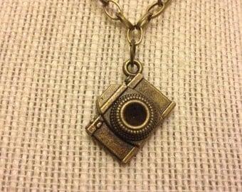 "14"" Bronze Camera Necklace"