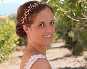 Bridal headpiece, bridal crown, bridal halo, wedding tiara, bridal hair vine, wedding headpiece, hairaccessory, tiara bride