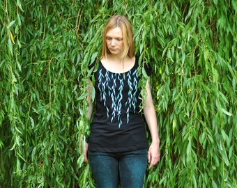 Organic & Fairtrade Woman Willow T-shirt - Silkscreen on Black Tunic
