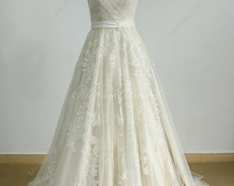 Aline tulle lace wedding dress with light champagne lining