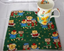 Cat Mug Rug, Christmas Cup Mat, Xmas Coaster Candle Trivet, Snack Mats Mini Quilts, Santa lovers gift, Coffee and Tea mat, Green Mug rugs