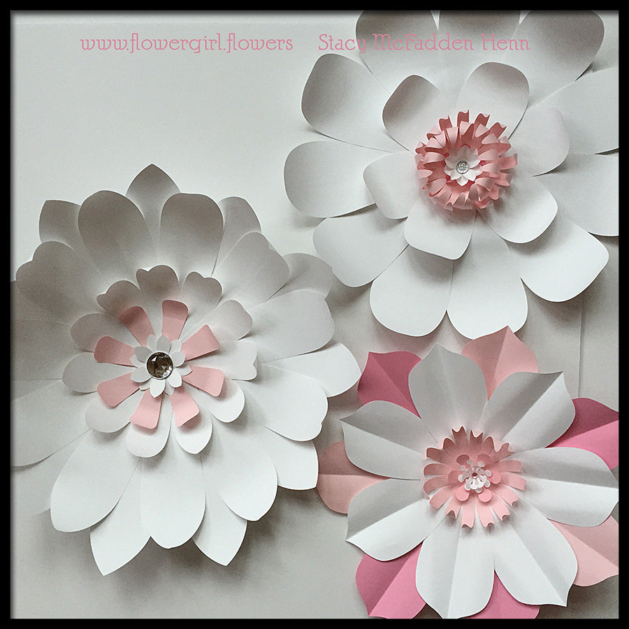 Giant paper flowers for wall decor or wedding by - Posters gigantes para pared ...
