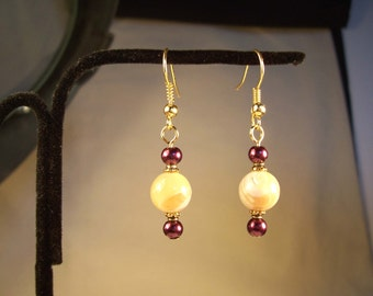 Mother of Pearl Earrings, MOP Earrings, Pearl Earrings, Whire, Red, Maroon Pearl Earrings, White Round Earrings, Red Round Earrings