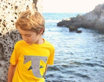 Hammerhead shark. Shark tshirt for kids. Yellow shark t shirt. Save the sharks. Under sea creatures